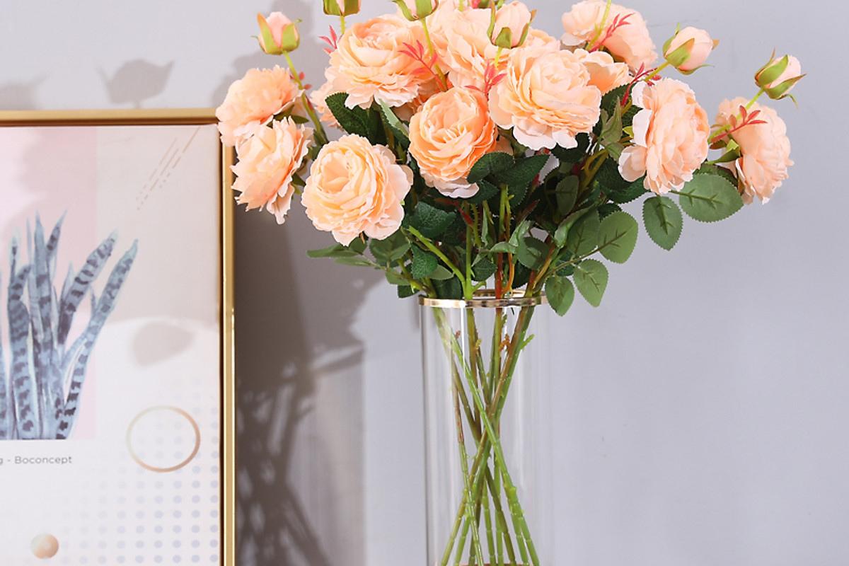 Hoa, cây giả ảnh hưởng đến hôn nhân