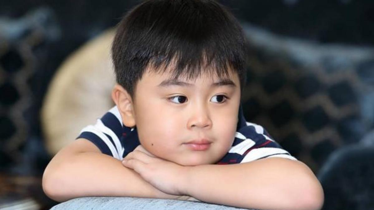 Cậu bé tỷ phú nhỏ tuổi nhất Việt Nam làm YouTuber dễ hơn ăn kẹo