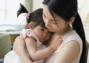 Việc yêu thương con cái của mình đương nhiên là điều rất tốt, nhưng yêu thương không đồng nghĩa là bao bọc quá mức