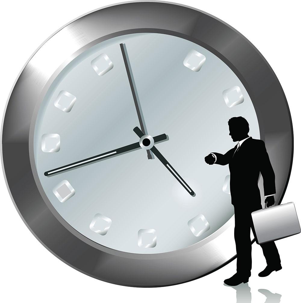 Đến đúng giờ và cư xử lịch sự, đúng mực với nhân viên phục vụ nhà hàng
