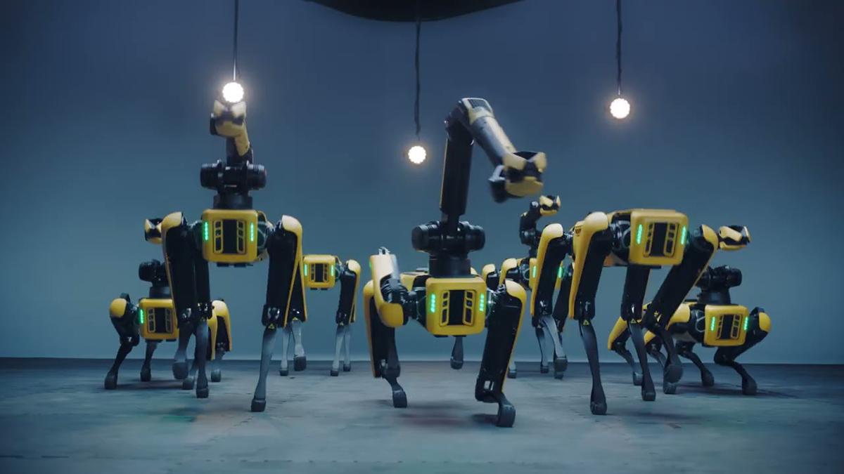 Robot Spot nhún nhảy theo vũ đạo bài hát IONIQ: I'm On It