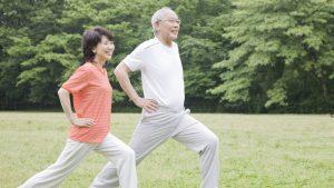 Tập luyện và giữ tinh thần vui vẻ để phòng tránh bệnh hô hấp