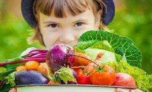 Bật mí 7 công dụng của cà chua đối với sức khỏe của bé